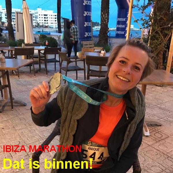 En weer één, uit Ibiza . . . zondag 7 april
